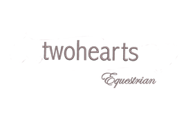 "Schriftfarbe ""twohearts Equestrian"" (Brust Logo)"