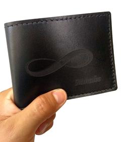 Capacidad y elegancia en una cartera