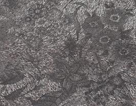 Morceau de cuir de vachette marron imprimé fleurs argentées