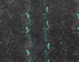 Morceau de cuir de vachette noir et vert imprimé python