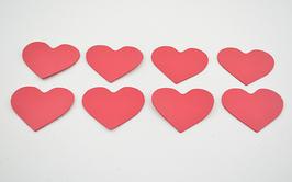8 cœurs en cuir d'agneau rose