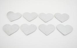 8 cœurs en cuir d'agneau blanc