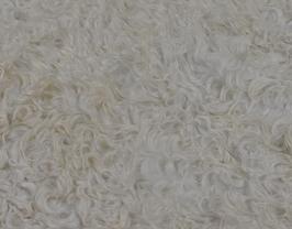 Morceau de cuir d'agneau lainé écru