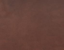 Morceau de cuir de vachette marron imprimé serpent