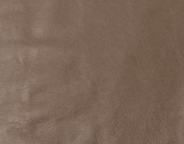 Morceau de cuir de vachette grainé doré