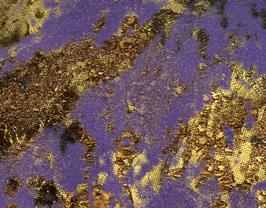 Coupon de cuir de veau suède violet imprimé doré