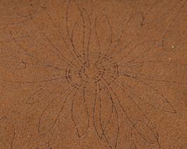 Morceau de cuir de vachette marron imprimé fleurs