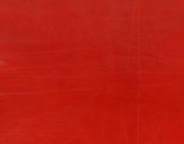 Morceau de cuir d'agneau plongé rouge