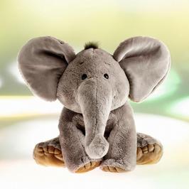 Elefant Fred
