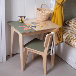 Kindertafel met stoel | Baasis Groen of Roze | GRATIS verzending