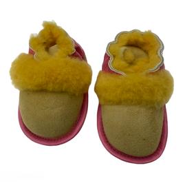 Geel roze babyschoentje