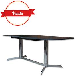 Table vintage forme tonneau 1970