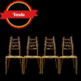 Suite de 8 chaises design en rotin