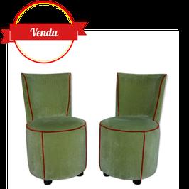 Paire de fauteuils crapaud vert amande