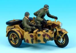 Schuco Piccolo Zündapp KS 750 mit Beiwagen Wehrmacht mit Figuren