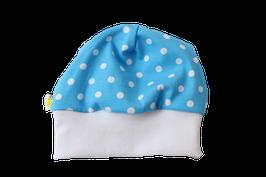 Mütze hellblau mit weissen Punkten