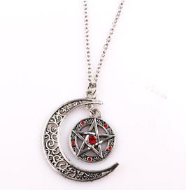 Collana Pentacolo Rosso con la Luna