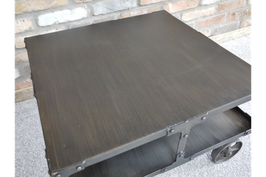 Salontafel 'Metal block'