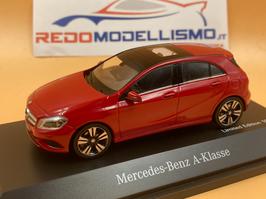 MERCEDES CLASSE A W176 (2014) - Rosso