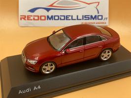 AUDI A4 (2016) - Rosso