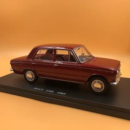 SEAT 124L (1969)
