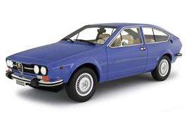 ALFA ROMEO ALFETTA GTV 2.0 (1976) - BLU - LAUDORACING 1/18