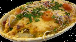 Mediterraner Spargelauflauf mit Garnelen und Mozzarella, überbacken