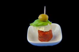 Oliven-Chorizo-Pinchos