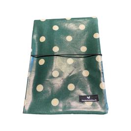 Mutterpass-Hülle - raindrops-green-white-dottie