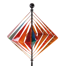 Stilvolles Windspiel Karo aus Metall