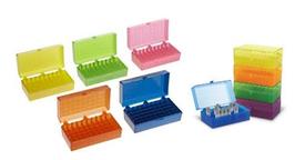 Caja para 50 Microtubos de 1.5 - 2 ml. Paquete con 5 piezas en colores surtidos, Dimensiones: 14.2 x 9.2 x 5.6 cm HEATHROW SCIENTIFIC HS120033