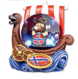 Snøkule litem, Viking med flagg skjold