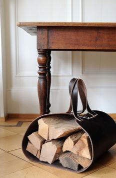 Holztragetasche aus Rindsleder mit Stoffbeutel