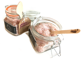 DETOX bath salt - with pure natural Himalayan rose salt, BIO Rosa Damascena 100% essential oil, BIO Rosa Damascena petals