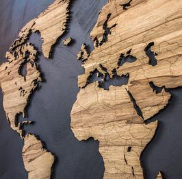 Detaillierte 10 mm dicke Weltkarte aus Holz