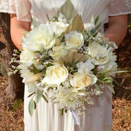 Bouquet de mariée rond ton blanc