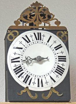 Comtoise Einzeiger-Uhr mit Email-Zifferblatt, um 1750
