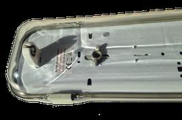 LED T8-Wannenleuchte 600 klar
