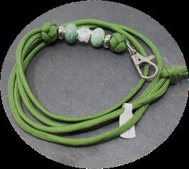Schmuckkette für Hundepfeife in olivgrün Nr. 50