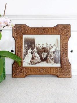 Jugendstil Kerbschnitz Holz Rahmen mit Foto um 1900