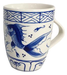 Becher  °Dragon Fish°, Blau-Weiß, Steinzeug
