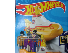 The Beatles Yellow Submarine Hot Wheels Basicos