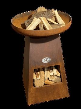 Feuersäule mit Holzablage
