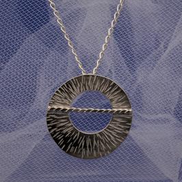Collier cercle martelé argent 925/00