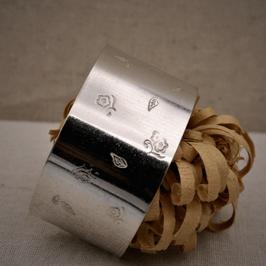 Bracelet manchette feuille rose