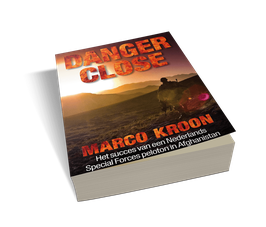 Danger close (gesigneerde versie)