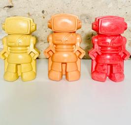 Robot en béton coloré