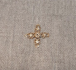 EF034 Kreuz aus Messing 2cm