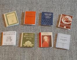 EF028 Musikbücher 8 STÜCK 2,2cm hoch