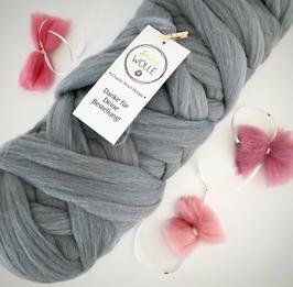 ca. 1 kg Merino Wollknäuel - Chunky Wool Bump